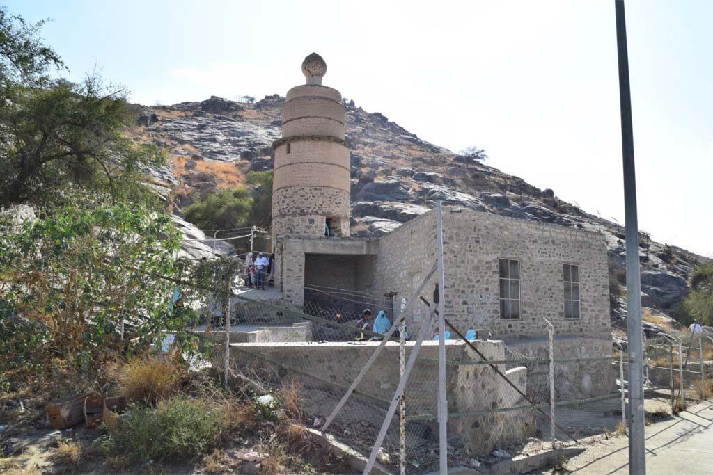 masjid-qontoroh