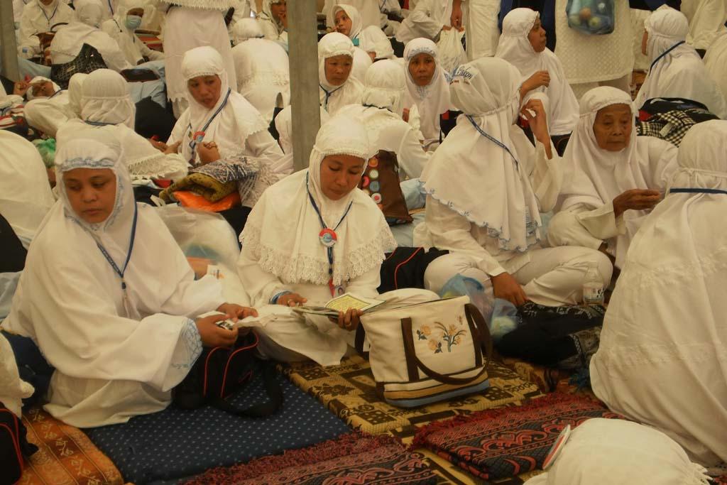 Jamaah Haji Pakem Tours 2010 Saat Berada di MIna